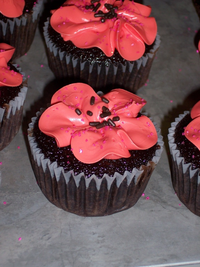 Flower-Iced Sheetcake Cupcakes