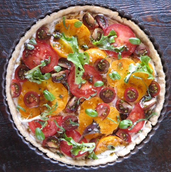 Herbed Goat Cheese & Tomato Tart >> Pretty/Hungry Blog