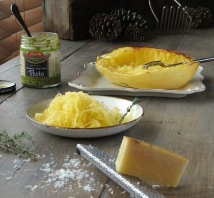 Spaghetti Squash with Pesto & Parmesan >>Pretty/Hungry Blog