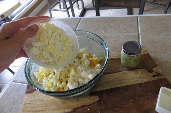 Homemade Calzone Tutorial >> Pretty/Hungry Blog